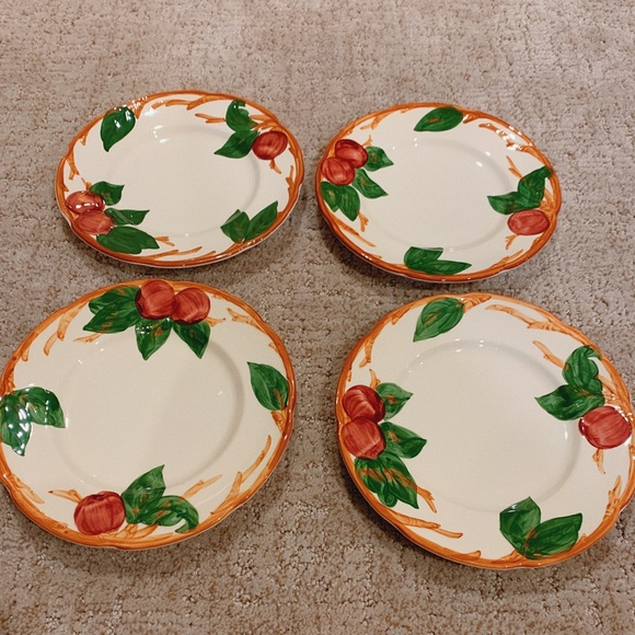 Franciscan Other - Franciscan Apple x4 (+1 w/ chip) Salad Plates